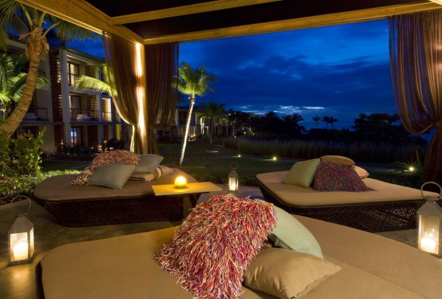 w-hotels-luxury-outdoor-tent-photo
