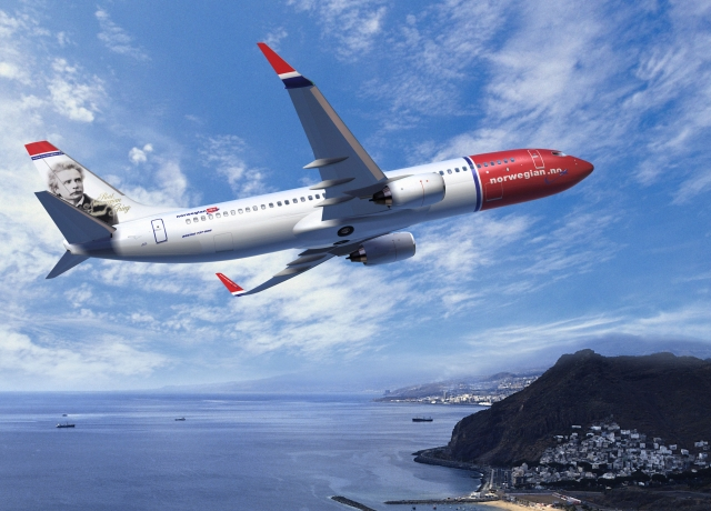 Norwegian Air Shuttle NSB 737-800W Artwork K64138